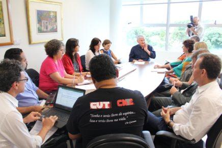 Governo anuncia mais retrocessos na educação pública do Paraná