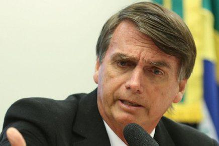 Bolsonaro empregou esposa em gabinete na câmara