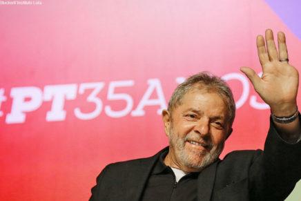 Em apoio a Lula, movimentos planejam acampar em frente a tribunal