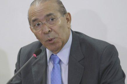'Desembarque' do PSDB abre conflito no governo