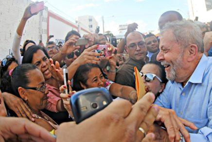 Prisão de Lula será violência histórica