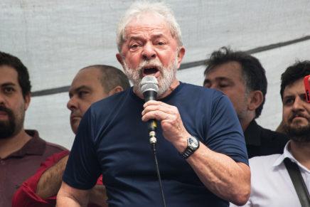 Lula reafirma que é candidato