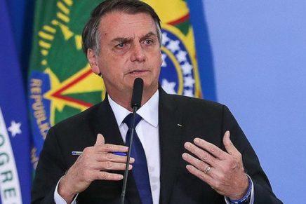 Bolsonaro tenta autogolpe com cerco ao Congresso e Judiciário