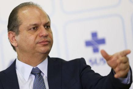 Ricardo Barros e Jonas Guimarães têm mandatos cassados pelo TRE; deputados irão recorrer