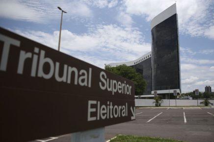 TSE adia decisão sobre assinatura eletrônica para novos partidos