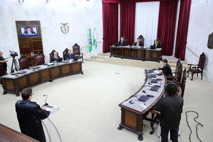 No Paraná, 94 prefeituras estão em 'débito' com o TCE
